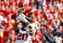 Tyreek Hill returns to Chiefs with spectacular touchdown