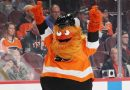 Gritty's best moments as NHL players vote Flyers' mascot the best
