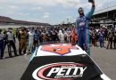 Bubba Wallace: Nascar supports black driver but second noose found at track as FBI launch investigation
