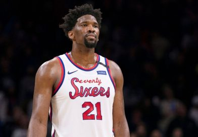 Embiid injures ankle in first quarter vs. Portland