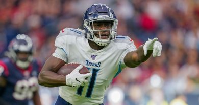 Titans WR Brown out vs. Jags with bruised knee