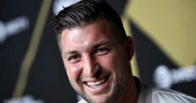 Tim Tebow becomes part-owner of Jacksonville Icemen hockey team – The Denver Post