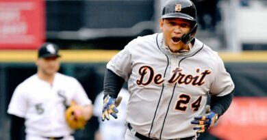 Cabrera's goal: Get to 500 HRs, 3K hits in '21