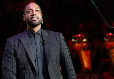 D-Wade leaps into ownership with stake in Jazz