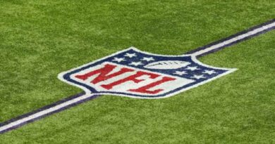 Expanded booth-to-ref communication expected to pass; uniform No. rule change has support