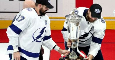NHL: No conference championship trophies in '21