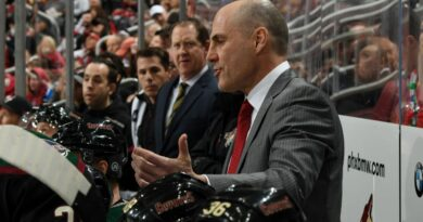 Tocchet won't return after 4 seasons with Coyotes
