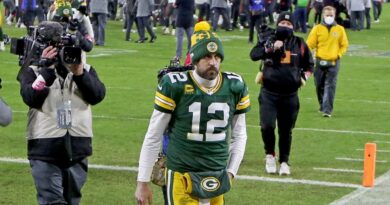 Packers president Mark Murphy calls Aaron Rodgers a 'complicated fella'