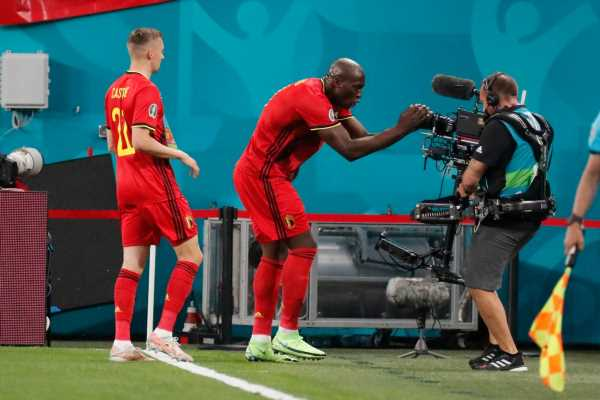 Romelu Lukaku dedicates goal to Christian Eriksen as Belgium see off Russia