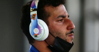 Ricciardo chasing right formula in difficult season